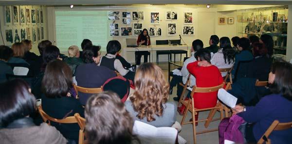 Με επιτυχία η παρουσίαση της Ρένας Αθανασοπούλου στο βιβλιοπωλείο
